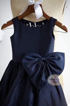 Navy Blue Taffeta Flower Girl Dress Junior Bridesmaid Wedding Party Dress with bowF0029