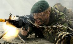 Royal Marine Commando, (Gizmodo, 2012) British Army Regiments, Marine Commandos, British Armed Forces, Future Soldier, Green Beret, Royal Marines, Military Pictures, War Photography, Military Police