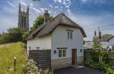 Church Cottage is an attractive, thatched cottage nestling proudly next to the church in this friendly and popular Dorset village. Dorset Cottages, Dorset Holiday, Cottage Breaks, Barbecue Garden, Homes England, Holidays In England, Log Fires, Rural Retreats, Garden Steps