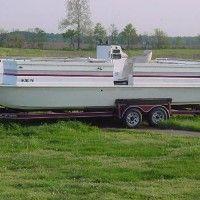 boat-repair-7 Sailboat Restoration, Pontoon Boat Accessories, Diy Boat, Boat Painting, Jet Ski, Safety Tips, Deck, Front Porches, Decks