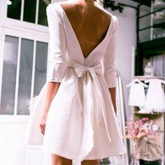 Retrouvez toutes nos robes de mariage civil sur le site Marie Laporte - robe Kate #marielaporte