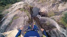 Un saltador suizo bate el récord mundial de salto de acantilado | Desde la redacción - Yahoo Deportes