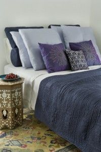 Blue Bedroom + Three Color Combos Using Navy Blue Simple queen up against wall Purple Bedrooms, Blue Rooms, Blue Bedroom, Bedroom Colors, Asian Bedroom, Bedroom Ideas, Blue Bedding, Bedroom Inspiration, Luxury Interior Design