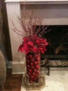 Very Pretty! Would be really easy to make. This would make a great table centerpiece too by SAburns