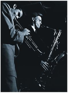 Chet Baker and Gerry Mulligan: Chet Baker joined the Mulligan Quartet in 1952, and found success quickly because of their ability to anticipate what the other was going to play, then adding independent but harmonious lines.  The quartet lasted less than a year however, due to Mulligan's arrest and imprisonment.