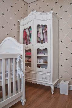 Quarto do bebê #inspiração #guardaroupas #baby