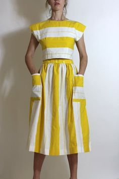 Vintage Circus Stripes Yellow White Dress Set Crop Top & Skirt Pockets Cutest striped top and skirt set – each piece is adorable on its own and together – they are a fabulous pair with the combination of horizontal Look Fashion, Fashion Outfits, Womens Fashion, Fashion Design, Dress Fashion, Petite Fashion, 70s Fashion, Fashion Clothes, Korean Fashion