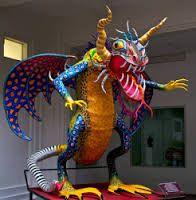 El Alebrije, es una artesanía mexicana de reciente reconocimiento e inventada por Pedro Linares López en 1936 . Éstas obras representan animales imaginarios y están hechas con diferentes tipos de papel o de madera tallada y decorada con vibrantes y alegres colores.