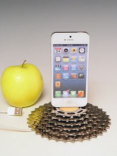 iPhone 5 docking station made from recycled bike gears