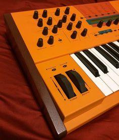 MATRIXSYNTH: Waldorf Microwave XTK Wavetable Synthesizer