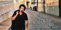 """Steve Lukathe mit neuem Soloablum Transition auf Tour 2013 - Der Titel ist Programm: Mit seinem neuesten Soloalbum Transition dokumentiert Toto-Gitarrist Steve Lukather den offenkundigen Wandel, den er als Privatmensch und Musiker in den zurückliegenden Jahren durchlebt hat. """"Vor etwa vier, fünf Jahren habe ich begonnen, so ziemlich alles zu verändern, was man als Mensch verändern kann. Ich wurde geschieden, vor zwei Jahren starb meine Mutter, und ich selbst habe viele Fehler begangen…"""