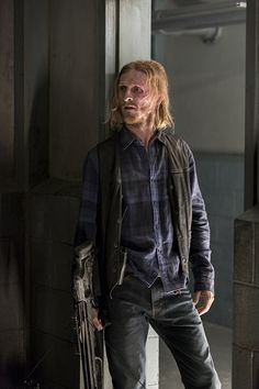 AMC has already ordered The Walking Dead Season 8 ahead of the seventh season premiere. Talking Dead has also been renewed for 16 episodes as well. The Walking Dead Store, Walking Dead Season 8, Walking Dead Tv Series, Fear The Walking Dead, Andrew Lincoln, Rick Grimes, Austin Amelio, Best Tv Series Ever, Talking To The Dead