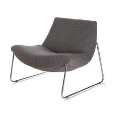 Luca Fauteuil is een fauteuil om in te verdwijnen. Je kan hem bestellen in stof, leer en met zwarte of mat chrome poten. Voor iedere smaak wat wils.