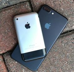 #iphone7 vs. the original iPhone from 2007