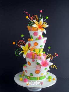 wedding cake..........I know this is crazy looking, but imagine it in only the colors of your wedding.......I kinda dig it