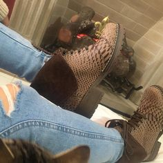 Boots, Winter, Fashion, Leather, Crotch Boots, Winter Time, Moda, Fashion Styles, Shoe Boot