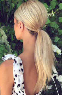 Sleek ponytail with volume bridal ponytail, bridal hair, ponytail hairstyles, diy hairstyles, Cute Ponytail Hairstyles, Blonde Ponytail, Easy Hairstyles For Medium Hair, Sleek Hairstyles, Medium Hair Styles, Curly Hair Styles, Ponytail Updo, Low Pony Hairstyles, Prom Hairstyles