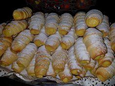 Pretzel Bites, Sausage, Flora, Deserts, Bread, Cake, Desserts, Food Cakes, Plants