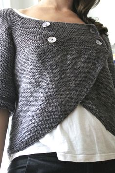 Love this design by Vera Valimaki. Pattern is called Shift of Focus. This is a knitting pattern, but I love the drape of this. It would be beautiful in a crochet stitch! Garter Stitch, Refashion, Pulls, Knitting Projects, Crochet Projects, Diy Clothes, Diy Fashion, Hand Knitting, Knitting Needles