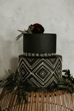 Industrial elopement inspired by African textiles in Edmonton African Traditional Wedding, Traditional Wedding Cakes, Cute Birthday Cakes, 30th Birthday, Birthday Celebration, Africa Cake, African Wedding Cakes, African Theme, African Textiles