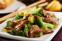 Easy Beef and Broccoli Recipe. Here's an Easy Beef and Broccoli Recipe for healthy beef and broccoli meal. Easiest beef and broccoli made in 15 min. Crock Pot Recipes, Slow Cooker Recipes, Paleo Recipes, Cooking Recipes, Easy Beef And Broccoli, Broccoli Recipes, Broccoli Chicken, Broccoli Crockpot, Brocolli