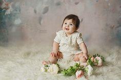 Copii si familie - Fotografie de familie by Magda Constantin Bucharest, Photographing Kids, Children Photography, Family Photographer, Instagram Feed, Flower Girl Dresses, Smile, Studio, Mai