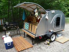 Alligator Teardrop: Teardrop Trailer vs. House