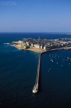 France, Ille et Vilaine, Cote d'Emeraude (Emerald Cost), Saint Malo, the fortified town and the Mole des Noires (aerial view)
