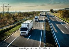 Self-Driving Truck Convoys Hitting The Road Middle River, White Truck, Accident Attorney, Self Driving, New Adventures, Caravan, Cruise, To Go
