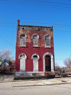 abandoned red building in cincinnati, ohio... http://media-cache-ak0.pinimg.com/736x/6d/c0/d5/6dc0d54bb5e71157776b78e6e3e6d216.jpg