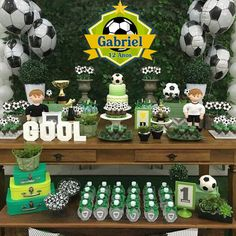 Balloon Garland, Balloons, Soccer Baby Showers, Barcelona Party, Soccer Birthday Parties, Soccer Cake, Sports Party, Party Themes, Club America