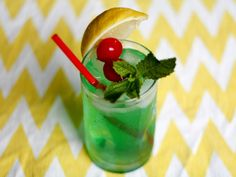One of Disneyland's most popular treats is their Mint Julep. Here is a recipe for my corn syrup free version of the Disney Mint Julep.