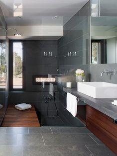 Rectangular basins, framless glass and rain shower head dark bathrooms Gray Bathroom Walls, Dark Bathrooms, Zen Bathroom, White Bathroom, Small Bathroom, Master Bathroom, Bathroom Mirrors, Remodel Bathroom, Bathroom Cabinets