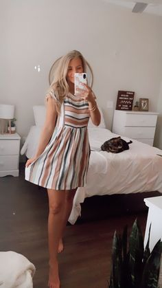 Sunflair Damen Badeanzug, Größe in Bunt Sunflairsunflair Cheer up style Who says only Cute Church Outfits, Cute Summer Outfits, Cute Casual Outfits, Spring Outfits, Casual Dresses, Church Outfit Summer, Mode Inspiration, The Dress, Aesthetic Clothes