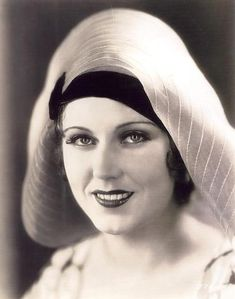 Fay Wray Classic Hollywood, Old Hollywood, Fay Wray, Picture Comments, Film Institute, Starred Up, Back Photos, New Star, Great Films