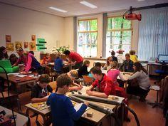 Voorbereidende proefjes op basisschool Geesteren met Green Team Twente. Shell Energy Lab, Shell Eco Marathon