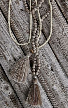 Another style of long necklacevwith tassel