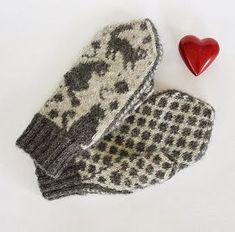Knitted Mittens Pattern, Knit Mittens, Mitten Gloves, Knitting Patterns, Baby Barn, Textiles, Yarn Crafts, Fiber Art, Crocs