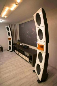 High End Audio Equipment For Sale Open Baffle Speakers, High End Speakers, High End Audio, Audiophile Speakers, Hifi Audio, Audio Speakers, Room Acoustics, Home Theater Setup, Sound Speaker
