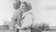 The REAL Captain von Trapp and Maria, the family whose story is told in the movie The Sound Of Music.