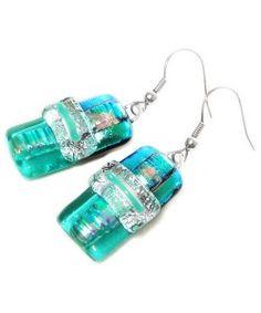 Handgemaakte turquoise-zilver glazen oorbellen van dichroide glas!