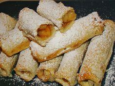 Τα πιο γρήγορα και τα πιο εύκολα μηλοπιτάκια που έχετε φτιάξει. Greek Sweets, Greek Desserts, Greek Recipes, Fruit Recipes, Easy Desserts, Dessert Recipes, Cooking Time, Cooking Recipes, Apple Deserts