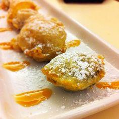 Fried Oreo Cookies... YUM!