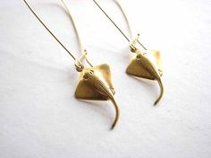 These stingray earrings. | 25 Gifts For People Obsessed With The Ocean