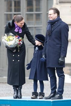 Crown Princess Victoria of Sweden, Princess Estelle and Prince Daniel, Duke of Vastergotland participate in a celebration for the Crown Princess' name day at the Stockholm Royal Palace on March 2018 in Stockholm, Sweden. Victoria Prince, Princess Victoria Of Sweden, Princess Estelle, Crown Princess Victoria, Fur Trim Coat, Royal Look, Royal Style, Swedish Royalty, Prince Daniel
