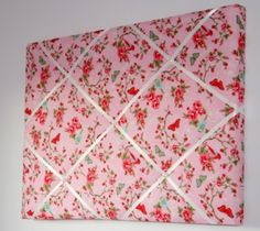 A memoboard made from fabric.... so easy