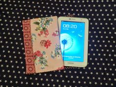 Tablethülle aus Stoffresten / Tablet cover made of scraps of fabric