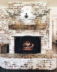 Paint Fireplace, Brick Fireplace Makeover, Farmhouse Fireplace, Home Fireplace, Living Room With Fireplace, Fireplace Design, Rustic Farmhouse, Fireplace Ideas, Whitewash Brick Fireplaces