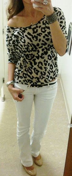 Off the shoulder leopard top with white jeans and nude flats so cute