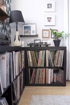 Record Collecting and Expedit Shelving i love the corner EXPEDIT effect, i hadn't thought of it but this would be a great way to incorporate our existing vinyl collection into the office with room to expand. Record Shelf, Vinyl Record Storage, Lp Storage, Record Stand, Record Player, Lp Regal, Vinyl Shelf, Expedit Regal, Home Music Rooms